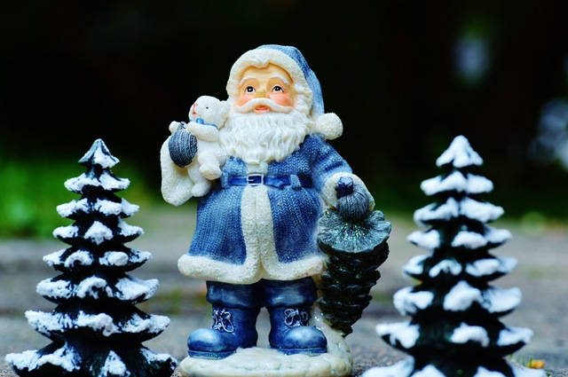 christmas-santa-claus-fig-decoration