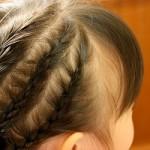 小学校の卒業式 髪型 コーンロウ