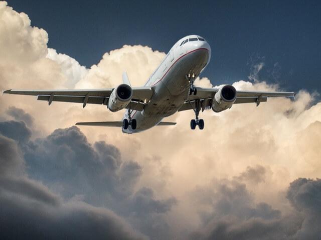 aircraft-jet-landing-cloud-46148 (1)