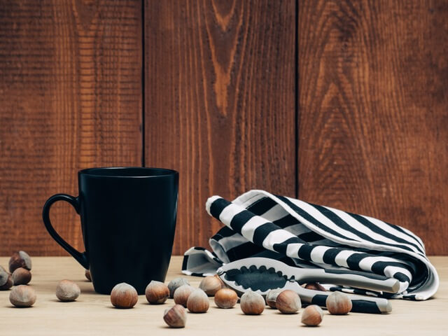food-wood-coffee-mug (1)