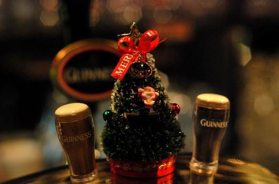 簡単!クリスマスツリーを折り紙で!おり方は?