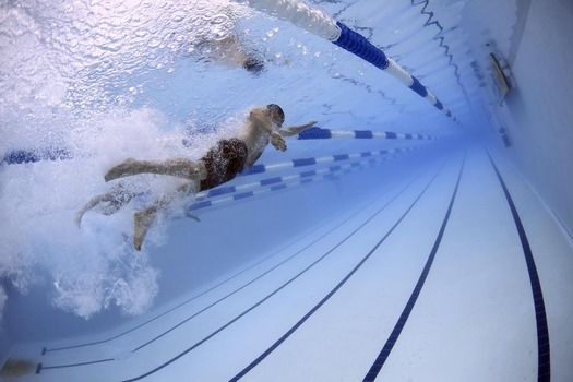 swimmers-swimming-race-competition-56837-medium