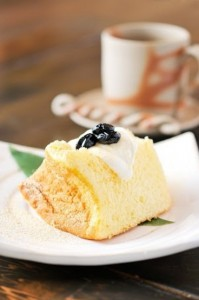 和スイーツ 和菓子 違い カロリー ダイエット 味 材料 黒豆 きな粉 シフォンケーキ